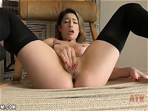 Kristen Scott grimacing and wincing as her jizz