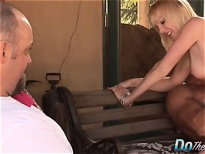 naughty housewife Liz black cuckold