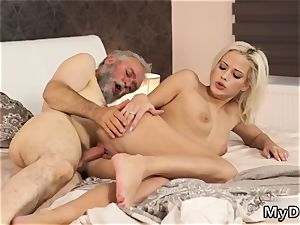 Splits and screwed bondage Surprise your gf and she will penetrate with your dad