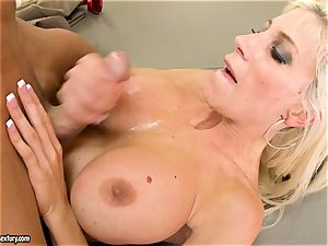 Alluring Puma Swede gets her labia inserted with meatpipe