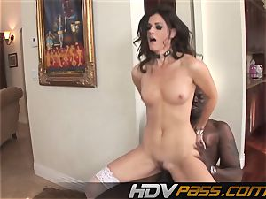 HDVPass interracial hook-up with India Summers