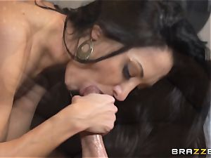 cougar Ava Addams seduced by the TV stud