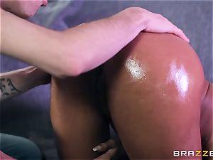 Kiki Minaj wedged by a hefty white manhood