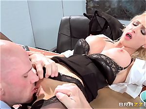 mind-blowing office honey Alix Lynx takes a 2nd helping
