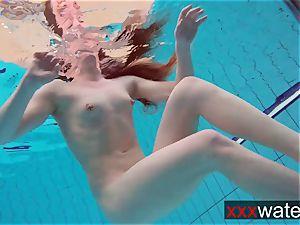 bouncy rump underwater Katrin