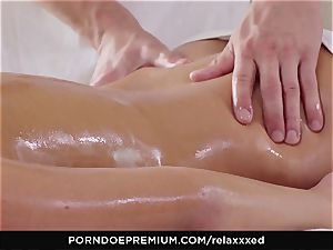 RELAXXXED - Amirah Adara glamour rubdown and sizzling intercourse