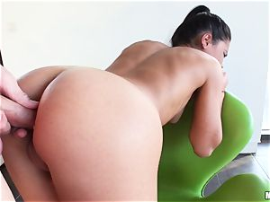 Apolonia Lapiedra lets her man enter her appetizing culo