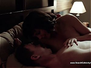 outstanding Morena Baccarin looking uber-sexy naked on film