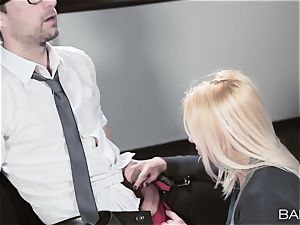 assistant Lola Taylor bangs her fucking partner after hours