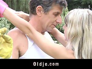 Gina Gerson gets anal from an elder boy