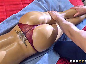 Nina Elle man-meat tucked by Sean Lawless