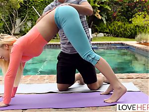 LoveHerFeet - foot adoring Yoga Class
