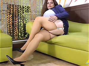 LatinChili huge-chested Mature Solos Compilation