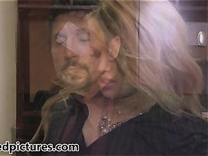 Heather starlet gets a pipe deal in the boardroom