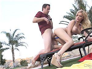 Bibi Noel bikini plumbing in the superb outdoors
