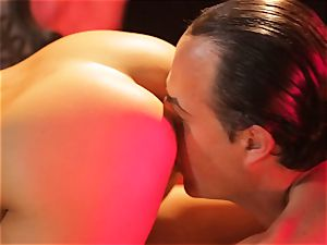 Asa Akira gets her red-hot lips obese a meaty long manmeat