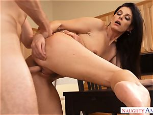 mummy India Summers hankers hung guys pink cigar