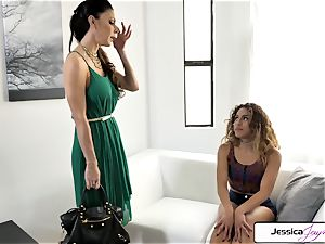 Jessica Jaymes and Liv Revamped plumb a humungous pink cigar