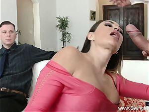 Arabian milf Swinger lovemaking