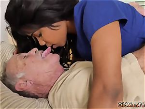 brunette pleads for pulsing and fellating lollipop after facial cumshot gonzo Glenn ends the job!