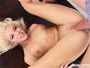 blondie bombshell Tiffany Watson nailed rock-hard