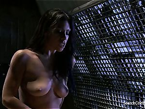 Cassandra Cruz - fervor in Space - two
