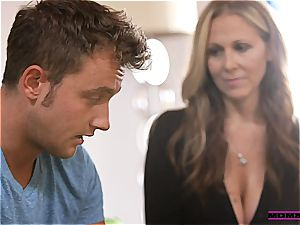 Julia Ann gives teens some hook-up advice