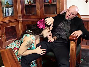 PINUP fuckfest - stylish Czech honey in obscene penetrate
