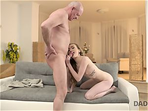 DADDY4K. hookup of parent and young damsel concludes with sudden internal ejaculation