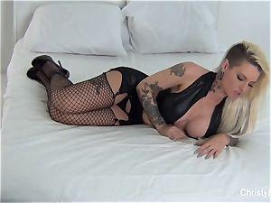 Behind the scenes with Christy Mack and Kirsten Price