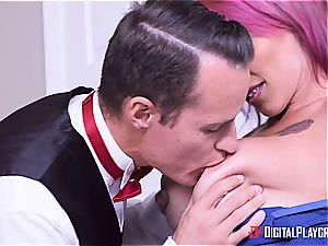 Anna Bell Peaks is the finest mother in law you can ask for