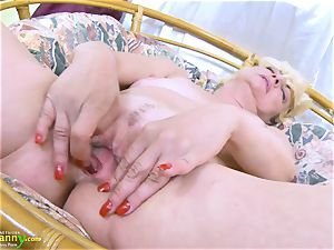 OldNannY towheaded Mature Solo Titplay and finger-tickling